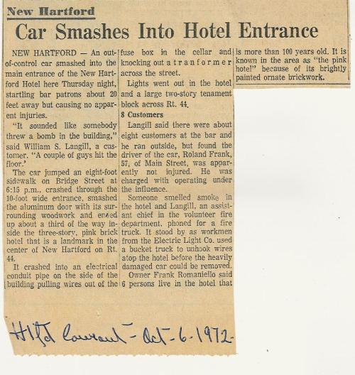 2010.299.9.5 Car Crashes into New Hartford Hotel